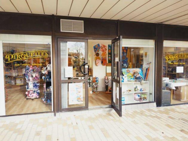 vitrine magasin blanquefort