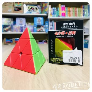 Casse tête pyramide